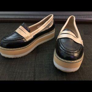 Black / white Loafer platform slides, 6,Brand New